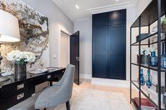 FROGNER - Nyoppusset og gjennomført 5-roms hjørneleilighet med høy standard. Klassiske kvaliteter, god takhøyde og flotte lysforhold. | FINN.no