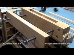 How to make a Moxon Vise, Woodworking vise, cheap to make - YouTube