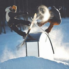 Go slide with a friend #snowboard #snowboarding
