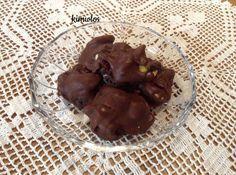 #Σοκολατάκια... ένα κέρασμα αλλοτινής εποχής #cookpadgreece Pudding, Cookies, Chocolate, Sweet, Desserts, Food, Crack Crackers, Candy, Tailgate Desserts