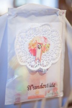 diy-Anleitung für Wundertüten, hier für eine Nostalgie-Hochzeit ♥  www.christine-hohenstein.com