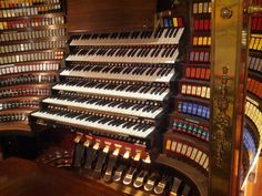 Wanamaker Grand Organ at Macy's in Philadelphia- the world's largest operational pipe organ
