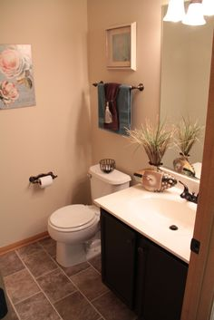 Half Bathroom Ideas Note The Flooring Probably Is The Armstrong Bedrock Ridege In Brown Sugar
