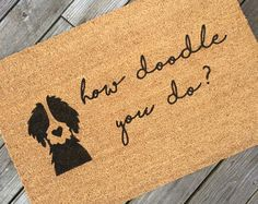 Super dogs that dont shed goldendoodle so cute Ideas Dog Door Mat, Door Mats, Welcome Signs Front Door, Welcome Mats, Painted Doors, Dog Quotes, Dog Gifts, Dog Mom, I Love Dogs