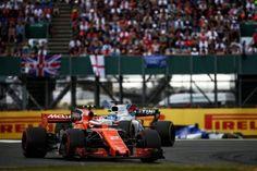 Formula 1 • Stoffel Vandoorne, McLaren-Honda MCL32, 2017... Indy Car Racing, Indy Cars, Road Racing, Formula 1, Race Cars, Honda, Indie, Drag Race Cars, Rally Car