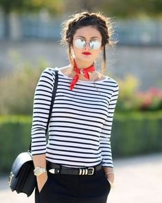 French Outfit Ideas Gallery 6 parisian chic look fashion style tips in 2019 french French Outfit Ideas. Here is French Outfit Ideas Gallery for you. French Chic Fashion, French Street Fashion, Look Fashion, Girl Fashion, Parisian Chic Fashion, Fashion Women, Sporty Fashion, Stripes Fashion, Classic Fashion