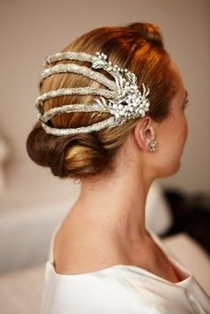 vintage wedding hair reworked vintage headpiece by Sandie Bizys for a vintage wedding Romantic Wedding Hair, Vintage Wedding Hair, Wedding Hats, Wedding Veils, Wedding Garters, 1920s Wedding, Hair Wedding, Wedding Music, Vintage Bridal