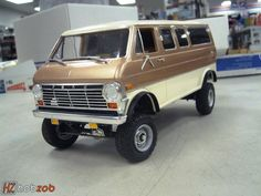 To the hills! Ford #econoline