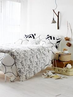 Layered bedding --- Styling by Tina Hellberg and photo by Nina Broberg for Ikea Livet Hemma.