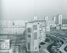 Leben in Ost-Berlin. Alltag in Bildern 1945-1990   Frölich und Kaufmann Berlin Hauptstadt, Berlin Wall, Homeland, New York Skyline, The Past, Communism, Architecture, City, Travel