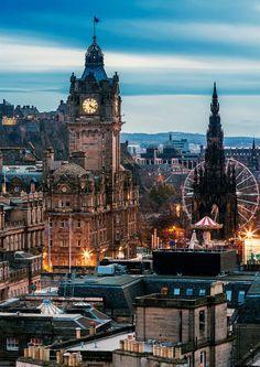The charming city of Edinburgh, Scotland! Check out 28 more MIND BLOWING photos … Die charmante Stadt Edinburgh in Schottland! Schauen Sie sich 28 weitere MIND BLOWING-Fotos von Schottland an! Beautiful Places In The World, Places Around The World, Travel Around The World, Beautiful Life, Beautiful Images, Beautiful Places To Visit, Amazing Places, Dream Vacations, Vacation Spots