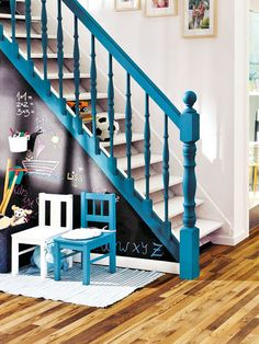 Inventive Staircase Design Tips for the Home – Voyage Afield Painted Banister, Half Painted Walls, Stair Banister, Painted Staircases, Bannister, Banister Ideas, Big Design, House Design, Home Deco