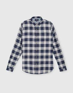 В Pull&Bear вы найдете все наши предложения  Рубашки. Зайдите сейчас и откройте для себя 89 Рубашки, которые мы предлагаем вам, и многие другие модные товары