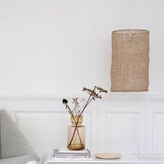 Les essentiels de l'été chez Decoclico : suspension en jute - Summer home decor essentials : jute ceiling lamp // Hellø Blogzine blog deco & lifestyle www.hello-hello.fr