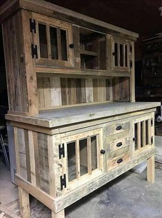 Gestalten Sie den Wohnbereich Ihres Hauses mit dieser umwerfenden Palettenholz-Show Design the living area of ​​your home with this stunning pallet wood show … – Mobel Diy Pallet Furniture Designs, Wooden Pallet Projects, Pallet Crafts, Wooden Pallets, Pallet Ideas, Furniture Projects, Rustic Furniture, Diy Furniture, Pallet Wood