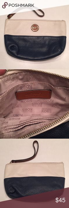 Michael Kors Leather Medium Fulton Wristlet Michael Kors Blue White Brown Wristlet Like New. Excellent Condition! 😊Leather Medium Size 9 X 5 X 2 dimensions. Michael Kors Bags Clutches & Wristlets