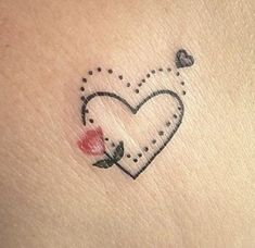Super Tattoo Mother Daughter Rose 20 Ideas Small Tattoos in Different Shapes – Page 3 – Cocopipi Corazón madre e hija Claribenattitattoo ( Mini Tattoos, Little Tattoos, Dog Tattoos, Trendy Tattoos, Body Art Tattoos, Small Tattoos, Wrist Tattoos, Tattoo Arm, Tattos