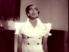Josephine Baker in Princesse Tam Tam, 1935 African American Makeup, African American Hairstyles, African American Women, American History, Josephine Baker, Old Hollywood Glamour, Golden Age Of Hollywood, Vintage Black Glamour, Role Models
