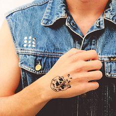 Picassent - Tattoonie #temporarytattoo #skull #teeth #tattoonie #t4aw #tattoos