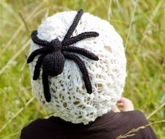 Charlottes Web Hat Knitting Pattern lace hat with spider. Not a free pattern. Inspiration only. Halloween Knitting Patterns, Loom Knitting Projects, Lace Knitting Patterns, Knitting Stitches, Knitting Ideas, Crochet Projects, First Halloween Costumes, Halloween Crafts, Holiday Crafts