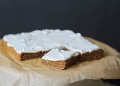 Comfy Belly: Pumpkin Bars (using coconut flour and sweetened with maple syrup)