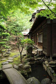 33 Quiet and Peaceable Zen Backyard Designs That Embrace .- 33 Quiet and Peaceable Zen Backyard Designs to Hug, Zen Garden Design, Japanese Garden Design, Japanese House, Landscape Design, Zen Design, Design Ideas, Japanese Dojo, Asian Landscape, Japanese Landscape
