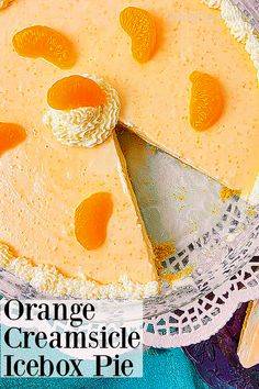 Creamy orange and vanilla icebox pie reminiscent of your childhood! No egg/ no bake recipe. #creamsicle #nobakeiceboxpie Easy Recipes For Beginners, Cooking For Beginners, Icebox Pie, Summer Pie, Ice Cream Treats, Orange Creamsicle, No Bake Pies, Southern Recipes, Easy Desserts