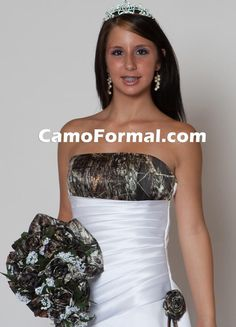 I am dying over her dress.My dream has come true. Look at her boquet. It looks very formal but redneck at the same time. You have to check out this website! Camo Wedding Dresses, Wedding Gowns, Prom Dresses, Camo Lingerie, Wedding Lingerie, Camo Formal, Formal Wear, Shotgun Wedding, A Line Bridal Gowns