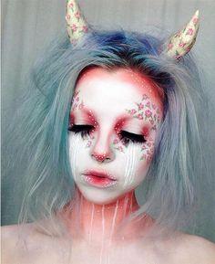 25 kreative Halloween-Make-up-Ideen Sfx Makeup, Cosplay Makeup, Costume Makeup, Makeup Art, Makeup Ideas, Fairy Makeup, Mermaid Makeup, Movie Makeup, Special Effects Makeup