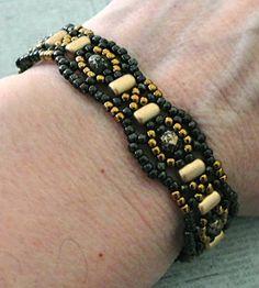 Linda's Crafty Inspirations: Beading Pattern Review: Rulla Band