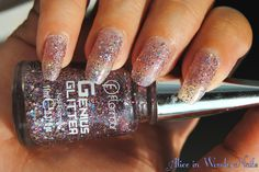 Holothon 2015: Flormar Genius Glitter Pink Pill on Alice in WonderNails