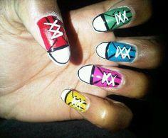 Nails By Heladita © - Sneaker Nails
