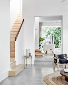 ideas for polished concrete stairs architecture Concrete Stairs, Concrete Floors, Marble Stairs, Home Design, Home Interior Design, Design Design, Escalier Design, Farmhouse Side Table, Stairs Architecture
