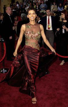 Award Show Red Carpet | Dress of the Day: Halle Berry  Designer: Elie Saab