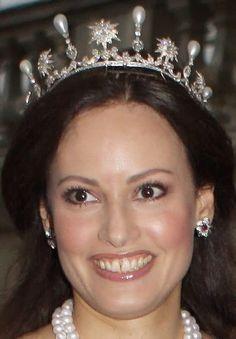 Queen Sophia of Sweden's Star & Pearl Tiara worn by Carina Axelsson, partner of Prince Gustav zu Sayn-Wittgenstein-Berleburg