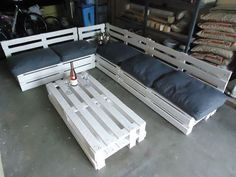 bois palette deco on pinterest photo decorations. Black Bedroom Furniture Sets. Home Design Ideas