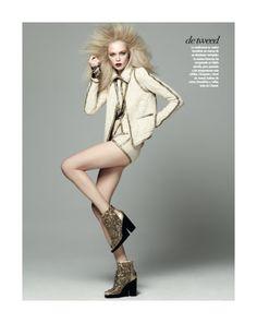 """De Tweed"" from the editorial ""La Gran Magia""  Model: Siri Tollerod, Photographer: David Roemer, Vogue Latin America, March 2011"