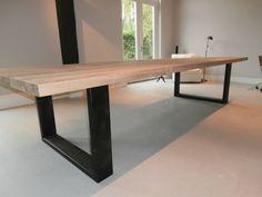 Steenplaat tafel