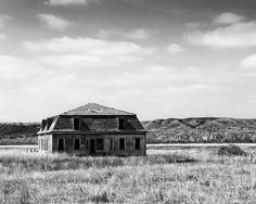 Abandoned Fort Keogh Officers Quarters, Circa 1880s, Miles City, Montana (P4105515). Click to buy a fine art print of this photograph.