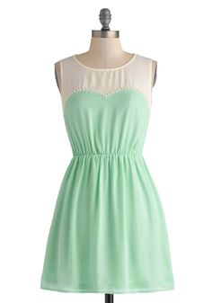 Mint is one of the hottest color in Japan right now because it's widely featured in Japanese fashion magazine, ViVi