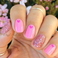 สีชมพูหวานสวยและเอาหัวใจดวงเล็กมาประดับอีกนิดก็เยี่ยมเลย