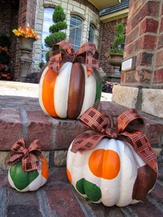Wow, nice twist to the traditional pumpkins, these are cute!