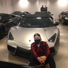 TAEYANG Instagramより#Lamborghini #special #editionSo many cars i can't even coun…
