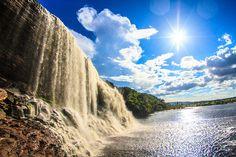 雲の上に浮かぶ、地球最後の秘境『ギアナ高地』