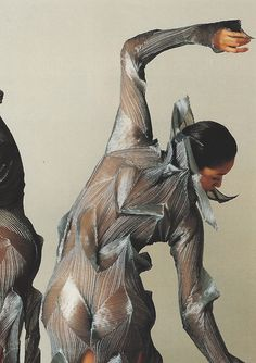 Dancers from the Frankfurt Ballet in Pleats designed by Issey Miyake, 1991. Scan from Issey Miyake: Making Things.