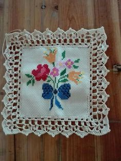 Crochet Edging Patterns, Crochet Lace Edging, Embroidery Flowers Pattern, Crochet Borders, Filet Crochet, Crochet Doilies, Crochet Flowers, Cross Stitch Patterns, Crochet Cushion Cover