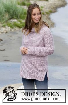 Garter Stitch Pullover in Drops Baby Alpaca Silk and Kids Silk. Get this free pattern  http://ift.tt/2vmhVoH