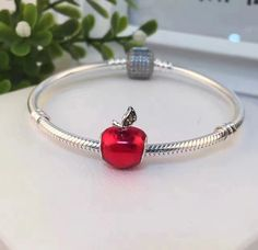 PANDORA BRACELET SIGNATURE CLASP SNAKE CHAIN WITH RED APPLE CHARM