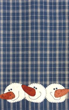 P10 Snowballs Patternlet- fusible applique pattern on tea towel.  These are great for winter and Christmas gifts!