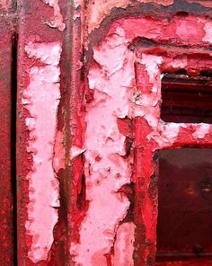 Peeling paint on an old telepone box in a Whitby farmyard! Red And Pink, Pretty In Pink, Different Shades Of Pink, Peeling Paint, Everything Pink, Textures Patterns, Pink Roses, Color Inspiration, Abstract